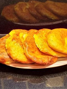 Πιτάκια στο φούρνο με γιαούρτι! Ένα υγιεινό και εύκολο κολατσιό School Snacks, Healthy Recipes, Healthy Food, Bread Recipes, French Toast, Cooking, Breakfast, Healthy Foods