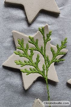 Clay decorations for Christmas trees – Ciloubidouille - Weihnachten Decorations For Christmas Trees, Christmas Centerpieces, Centerpiece Ideas, Halloween Decorations, Christmas Clay, Christmas Projects, Christmas Post, Natural Christmas, Christmas Ideas