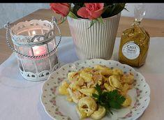 Schneller Tortellini - Party - Salat, ein tolles Rezept mit Bild aus der Kategorie Früchte. 103 Bewertungen: Ø 4,3. Tags: einfach, Früchte, Party, Reis- oder Nudelsalat, Salat, Schnell