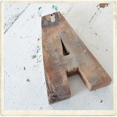Bokstav, handgjord, återvunnet trä, 18 cm, -20%