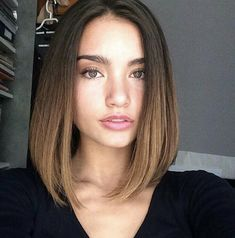 very short straight hair 2019 for round face - Balayage Haare Blond Kurz Short Hair Styles For Round Faces, Short Hairstyles For Thick Hair, Very Short Hair, Short Hair Cuts, Medium Hair Styles, Curly Hair Styles, Short Hair For Round Face, Short Hair For Chubby Faces, Simple Hairstyles
