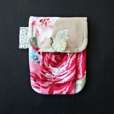 Pretty Pleated Pouch with Roses and Lace  Cottage by andreacreates
