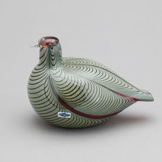 ** Oiva Toikka, Iittala, Nuutajärvi, Finland. Glass Bird. Bird Design, Glass Design, Importance Of Art, Rare Birds, Glass Birds, Glass Ceramic, Sculpture, Vintage Pottery, Stone Carving