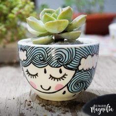 Pottery Painting, Diy Painting, Ceramic Planters, Planter Pots, Flower Pot Design, Indoor Plant Pots, Painted Flower Pots, Blooming Plants, My Plate