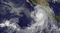 Image copyright                  AFP Image caption                                      Newton se convirtió en un huracán este lunes.                                Newton esta cada vez más cerca de llegar a México. La enorme tormenta que se dirige hacia la costa del Pacífico de ese país se convirtió en un huracán de categoría 1este lunes, pocas horas antes de que toque tierra. Se estima que el sistema meteorológico ingresará en M�