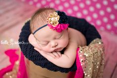 Newborn girl bucket pose fuchsia pink polka dots, navy blue, and sparkly gold | Bella Rose Portraits Southern California San Diego County newborn and baby photographer photography posing techniques