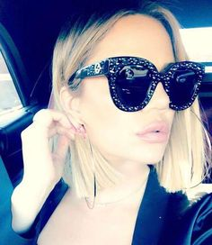 SUMMER SALE Hurry up Exclusive at For information and Inquiries DM whatsapp - Call / 01007006081 - 01125117893 Deliver to your Doorstep Worldwide Shipping Koko Kardashian, Kardashian Style, Kardashian Jenner, Khloe Baby, Khloe K, Cool Sunglasses, Sunglasses Women, Gucci Sunglasses, Kendall And Kylie Jenner