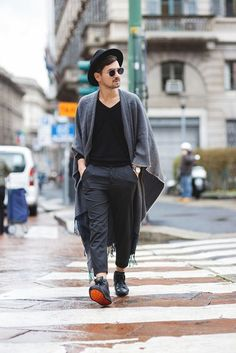 The Mysterious Girl: Dapper Double Crossbar Flat Front Round Aviator Sunglasses Fashion Flats, Fashion Outfits, Fashion Trends, Men Street, Street Wear, Mode Style, Men Looks, Swagg, Dapper
