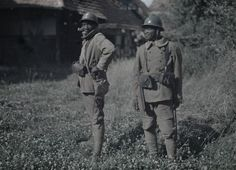 Un sénégalais Bambara à Balschwiller  Description :  Titre série : Autochromes de la guerre 1914-1918, département du Haut-Rhin  Auteur :  Castelnau Paul (1880-1944) Opérateur de l'armée