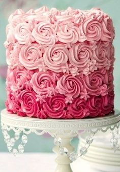 20 PRETTY Valentine Cake ideas