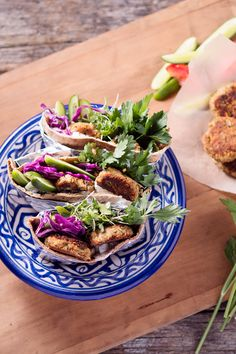 Vegan pitas, anyone? Make your own delicious sandwich with these vegan chickpea patties!