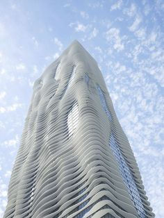 Aqua, Hotel and Residential Tower in Chicago by Architect Jeanne Gan
