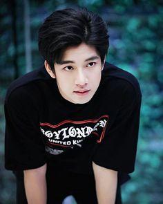 Frank Thanatsaran Samthonglai is so very Handsome Thai Drama, Cute Actors, Japanese Men, Ulzzang Boy, Asian Boys, Boyfriend Material, My Boyfriend, Cute Guys, Drake