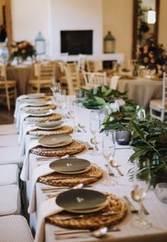 Jade & Jarryd, a couple living in OZ, celebrated the end of 2018 with a . Flower Decorations, Jade, Flora, Nostalgia, Table Settings, Couple, Natural, Floral Decorations, Floral Headdress