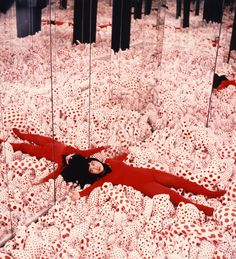 Yayoi Kusama with Infinity Mirror Room — Phalli's Field, Castellane Gallery, New York, 1965