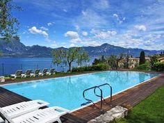 Unspektakulärer Pool mit grandioser Aussicht am Gardasee. Und wie heißt es immer - die Lage, die Lage, die Lage.