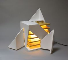 The Illuminating Folding Light