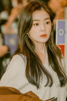 Kpop Girl Groups, Kpop Girls, Seulgi, Korean Beauty Girls, Red Velvet Irene, Jennie Blackpink, Girl Face, Woman Crush, Aesthetic Girl