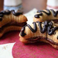 Recept : Ořechové rohlíčky slepované kakaovým krémem | ReceptyOnLine.cz - kuchařka, recepty a inspirace