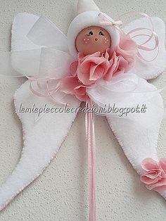 Risultati immagini per duka zajaczki z tkaniny Christmas Tree Angel, Christmas Crafts, Angel Ornaments, Holiday Ornaments, Baby Girl Baptism, Felt Wreath, Bazaar Crafts, Angel Crafts, Free To Use Images