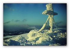 Gipfelkreuz...    Von   Kosche Günther   unterliegen dem Urheberrecht der jeweiligen Sender. All pictures © by the senders.  im Winter,des Gertrusk auf der Saualm in Kärnten,nach herrlichen Schneefällen.Im Hintergrund der Zirbitzkogel,in den Seetaler Alpen,er liegt schon in der Steiermark.  http://fc-foto.de/18759449