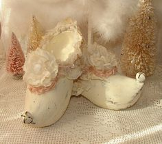 Vintage Chic Elf Shoes Fairy Shoes by on Etsy, Christmas Time Is Here, Pink Christmas, Fairy Shoes, Elf Shoes, Vintage Shabby Chic, Decorating, Halloween, Crafts, Etsy