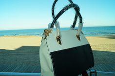 bags Gym Bag, Handbags, Cute, Fashion, Moda, Totes, Fashion Styles, Duffle Bags, Kawaii