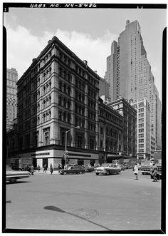 Metropolitan Opera House, 1423 Broadway, May 1966 (a year before its demolition).
