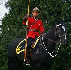 This is a dressed up frickin' 'Mountie', eh? Canada Eh, Visit Canada, Toronto Canada, Popular People, We The People, I Am Canadian, Naval, Men In Uniform, Quebec City