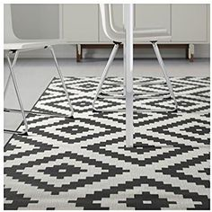 "Amazon.com: Ikea LAPPLJUNG RUTA Rug 6 ' 7 "" x 6 ' 7 "" low pile, white, black NIP New: Kitchen & Dining"
