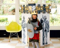 Imagen de http://assets.inhabitat.com/wp-content/blogs.dir/1/files/2011/12/Little-Play-Spaces-Medieval-Castle.jpg.
