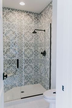 BECKI OWENS- Villa Bonita Project Reveal with Fireclay Tile