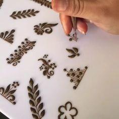 Palm Henna Designs, Basic Mehndi Designs, Mehndi Designs For Beginners, Henna Tattoo Designs, Henna Tutorial, Flower Henna, Hand Mehndi, Beautiful Mehndi Design, 3d Max