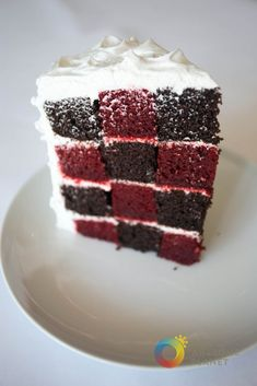 A simple yet quite unique cake -- alternating box layers of chocolate chifon and red velvet. How To Make Cake, Food To Make, Checkered Cake, Checkerboard Cake, Buttermilk Fried Chicken, Philippines Food, Mouth Watering Food, Bread And Pastries, Unique Cakes