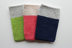 Crochet IPhone Case - Sleeve in Two Colors - Pantone - cozy gift gadget