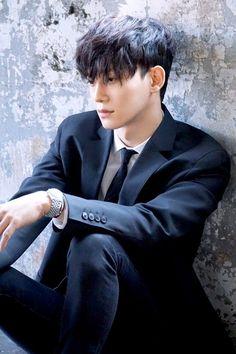 Chen'in Öldürücü Yakışıklılığı