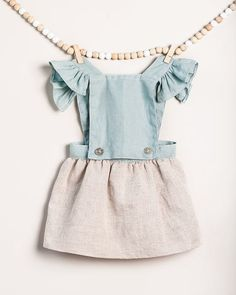 Little Fashion, Baby Girl Fashion, Kids Fashion, Fashion Outfits, Children Dress, Vestidos Vintage, Traditional Outfits, Kids And Parenting, Baby Dress