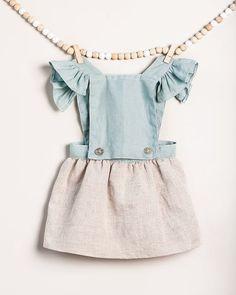 una de mis piezas preferidas vestido de lino convertible en falda. Feliz comienzo del verano!!! #tenlittlewings #moda #modainfantil #kids