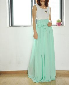 ◆Description: This chiffon maxi skirt comes with full length ,elastic waist,big sweep,and bow ite chiffon waistband which is removable ,Very