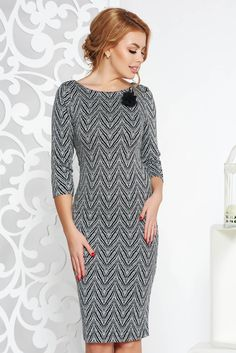StarShinerS black office midi dress with tented cut slightly elastic fabric accessorized with breastpin, accessorized with breastpin, tented cut, without clothing, 3/4 sleeves, soft fabric, slightly elastic fabric, back zipper fastening
