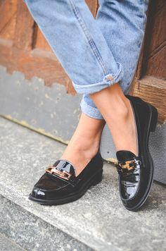 OUTFIT: MOM JEANS & NEUE LOAFERS VON TOD'S