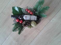 Kerstukje met flesje wijn 2016