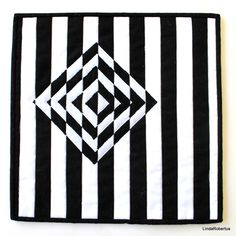 Welcome to the Oceania Collection Blog Hop!   SAQA (Studio Art Quilt Associates) has an auction of art quilts every year, and this year the ...