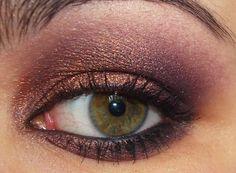 Pretty MAC smokey eyeshadow