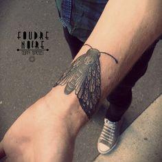 Burpi Brebzy foudre noire tattoo. Burpicartoon@gmail.com #papillon #tatouages #tattoos #blacktattoo #foudrenoire #dunkerque