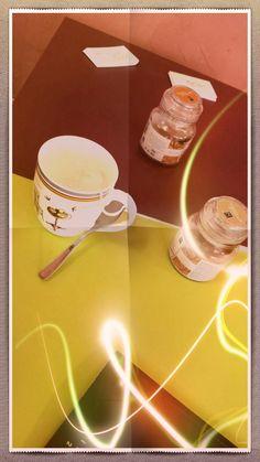 Thé au lait au fruits rouges