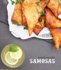 vegetarische Samosas   whatinaloves.com #quorn #veggie #samosas