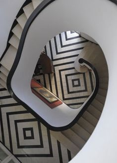 Spiral staircase in a rationalist/art deco-style house in Vedado, designed by Rafael de Cárdenas