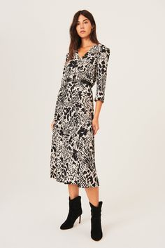 Fitted Midi Dress, Long Sleeve Midi Dress, Belted Dress, Work Fashion, Fashion Outfits, Casual Outfits, Girl Outfits, Robes Midi, Fashion Plates