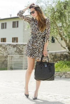 32 Street Style Look With Leopard Print Details | Here are some looks that will inspire you to wear those animal prints. #youresopretty